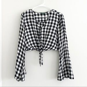 WILD FABLE White Black Gingham Longsleeve Top